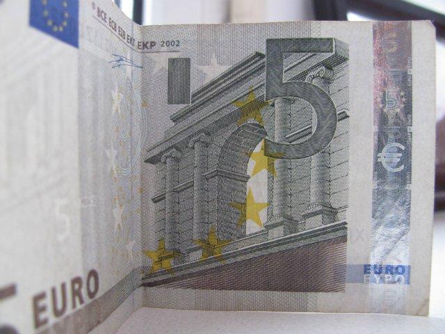 Курс продажи евро на сегодня