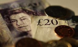 Британский фунт пользуется устойчивым спросом