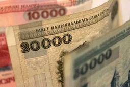 Евро в Беларуси снова вырос, доллар – упал