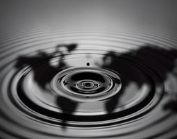 Возросли цены на сентябрьские фьючерсы нефти