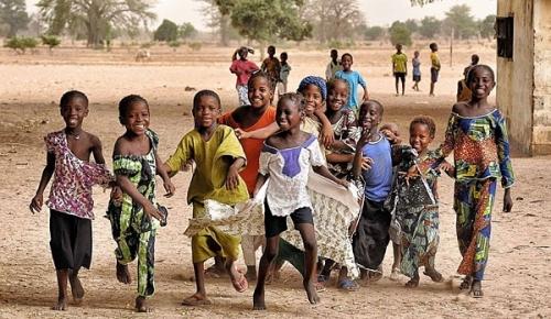 Юные жители Гамбии