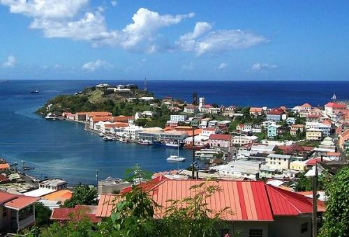 Сент-Джорджес, Гренада