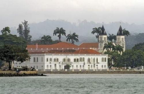 Город Сан-Томе