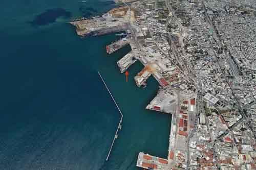Вид на порт Салоники