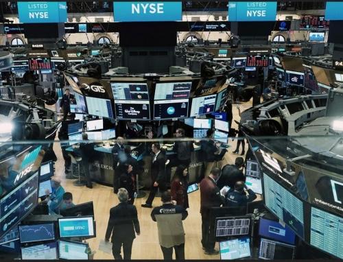 Биржевой торговый зал Нью-Йоркской фондовой биржи